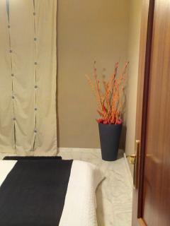 Apartement w/ Garage, 10 min to Centre, Wi-Fi - Seville vacation rentals