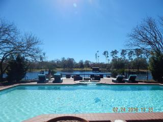 Ranch Vacation - Bar B Bunkhouse - Plantersville vacation rentals