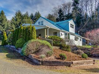 Tranquil, dog-friendly home in a rural setting w/ private hot tub - Cloverdale vacation rentals