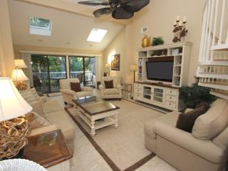 Perfect House with Waterfront and Shared Outdoor Pool - Hilton Head vacation rentals