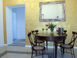 Santonofrio Gold 2 bedroom Apartment in Historical Rome - Roma vacation rentals