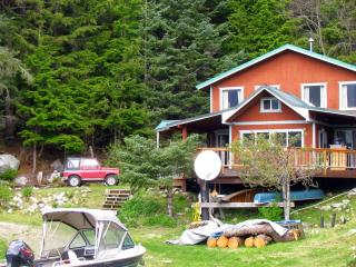 Cozy Cove Cottage 2 BR secluded beachfront - Haines vacation rentals