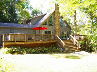 Perfect 3 bedroom House in Great Cacapon with Television - Great Cacapon vacation rentals