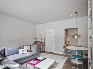 One Fine Stay - Blackfriars Road apartment - London vacation rentals