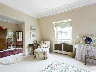 onefinestay - Dawson Place II private home - London vacation rentals