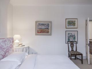 onefinestay - First Street II apartment - London vacation rentals