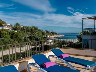 Modern apartment for 6 people in Cala Mandia, 100 m from the beach. Ideal for a family on holiday searching for sun and beach - HM010BEX - Cala Mandia vacation rentals