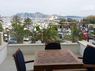 Modern duplex for 4 people in the heart of Puerto Pollensa, just a few meters from the beach and from all the facilities. - HM010JOBII - Puerto Pollensa vacation rentals
