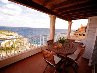 Frontline apartment with fantastic sea views situated in a quiet residential area in Cala Magrana - HM010ROC - Porto Cristo vacation rentals