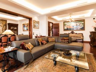 Exclusive and luxurious 4 bedroom apartment in one of the most privileged areas of Palma - HM010PDO - Palma de Mallorca vacation rentals