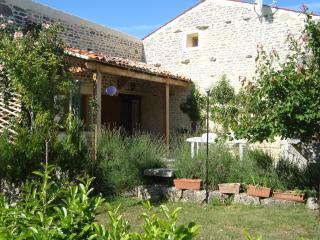 Renovated house 30 minutes drive to La Rochelle. - Surgeres vacation rentals