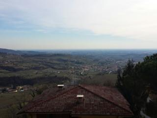 2 bedroom Condo with Housekeeping Included in Marano di Valpolicella - Marano di Valpolicella vacation rentals