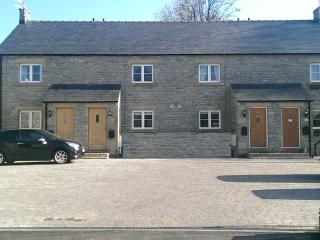 Bowler's Cottage - Tideswell vacation rentals