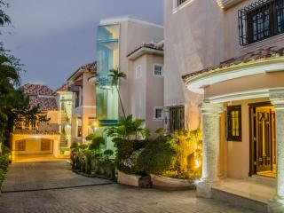 Beverly Hills Residencial II - Santo Domingo vacation rentals