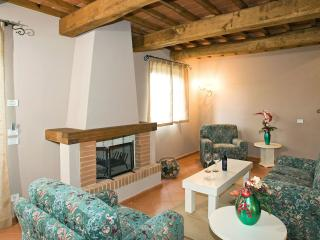 Casa del Lupo - Poggio Cennina Country Resort - Bucine vacation rentals