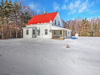 Reduced Rates! New Listing! Quaint Recently Renovated 2BR Murray Harbour House w/Screened-in Porch & Private Access to Fox River Ocean Inlet - Wonderful Location on 27 Acres of Land! - Murray Harbour vacation rentals