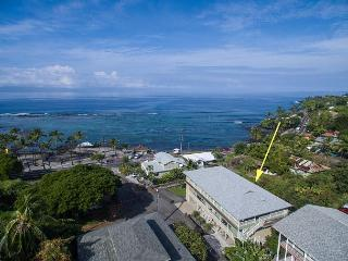 Penthouse with Spectacular Ocean Views Across the street from Kahalu'u Beach! - Kailua-Kona vacation rentals