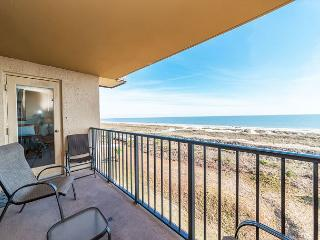 Island Club 5402, 2 Bedroom, Ocean Front View, Large Pool, Sleeps 8 - Palmetto Dunes vacation rentals
