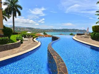 Luxurious Penthouse w/Incredible View and infinity pool at Los Sueños! - Herradura vacation rentals