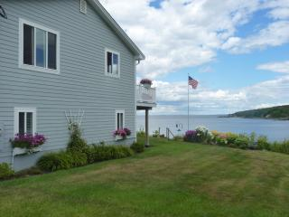 Lovely 4 bedroom House in Owls Head - Owls Head vacation rentals