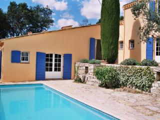 Villa Charmante - Claviers vacation rentals