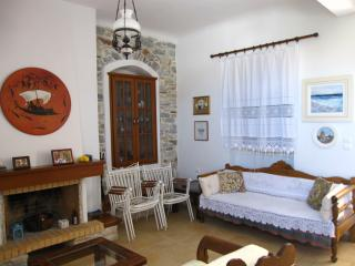 Luxury 100m2 house 15min. from sea - Filoti vacation rentals
