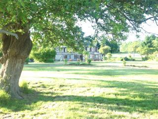 L'Orchard, 3 Chambres d'Hôtes - Chambre double - Bonneville-la-Louvet vacation rentals