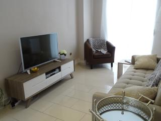 Comfortable 2 bedroom Cadiz Condo with A/C - Cadiz vacation rentals