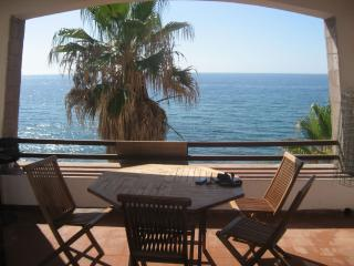 Waterfront sardinia apartment GP2 - Tresnuraghes vacation rentals