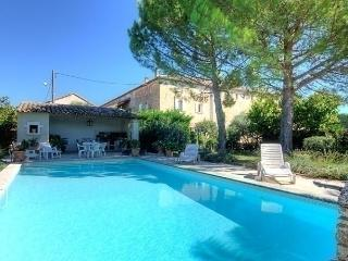 Nice House with Short Breaks Allowed and Long Term Rentals Allowed - Villelaure vacation rentals