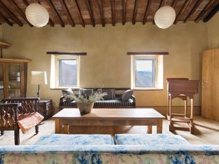 17th Century Mountain View Home - Tereglio vacation rentals