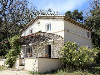 2 bedroom House with Internet Access in Reauville - Reauville vacation rentals