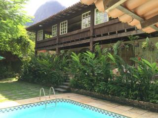 THREE SUITES IN SÃO CONRADO - Rio de Janeiro vacation rentals