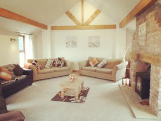 Barn Conversion - Large Holiday Home York - Wilberfoss vacation rentals