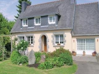 Lovely 4 bedroom Gouesnach House with Short Breaks Allowed - Gouesnach vacation rentals