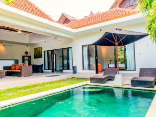 2 bedroom Villa with Internet Access in Seminyak - Seminyak vacation rentals