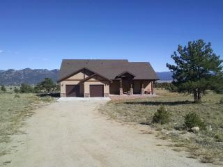 Gorgeous Mountain Home, 360 Views, Wifi, Hot Tub - Buena Vista vacation rentals
