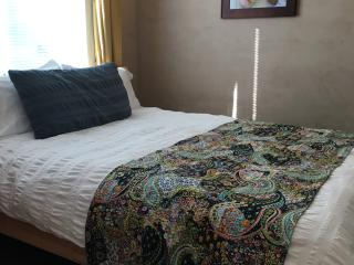 Beautiful Condo with Long Term Rentals Allowed and Linens Provided - Los Osos vacation rentals