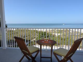 2 bedroom Condo with Television in Indian Rocks Beach - Indian Rocks Beach vacation rentals