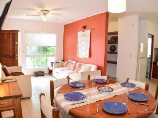 Condo Milos - Playa del Carmen vacation rentals