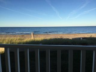 3 bedroom Cottage with DVD Player in Bathurst - Bathurst vacation rentals