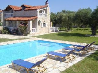 Villa Kathleen - 2 bed Villa with swimming pool - Lithakia vacation rentals