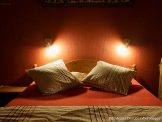 2 bedroom Bed and Breakfast with Internet Access in Bruges - Bruges vacation rentals