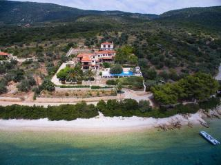 Nice Villa with Television and Water Views - Agios Dimitrios vacation rentals