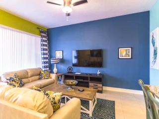 Orlando - Premium Vacation Rental - 9 Guests - 3BR - Davenport vacation rentals
