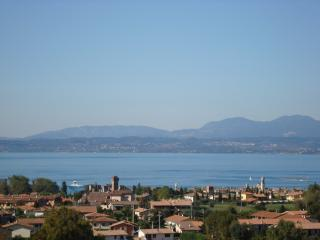 LAKE OF GARDA - FABULOUS VILLA WITH PARK AND POOL - Lazise vacation rentals
