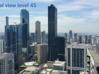 Top Floor Cloud ↑ 45 Spencer Melb - Melbourne vacation rentals