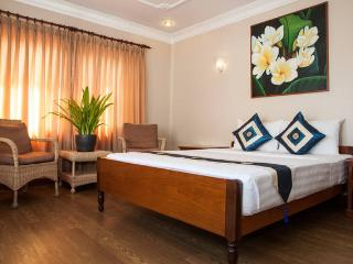 Anise Hotel PP, Double Room+Breakfast+Laundry - Phnom Penh vacation rentals