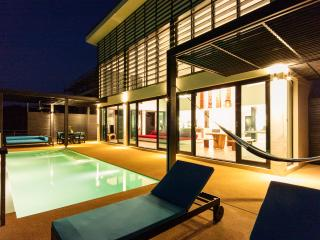 Nice Villa with Television and Microwave - Koh Tao vacation rentals