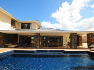 Beautiful Villa with Deck and Internet Access - Cascavelle vacation rentals